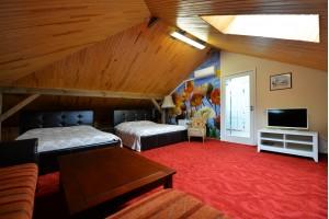 Dviejų miegamųjų apartamentai su terasa (№ 7-8)